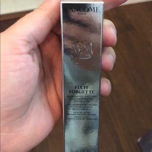 Lancôme fix it forget it 30 ml.  New